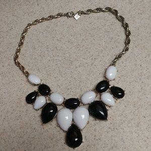Banana Republic Jewelry - NWOT banana republic statement necklace